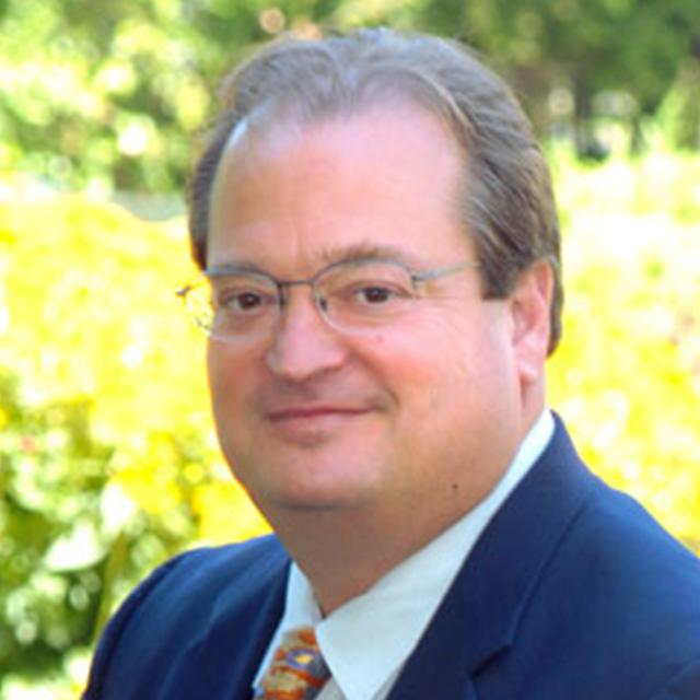 Dr Bruce Piasecki
